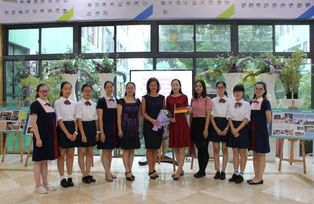 Zu Besuch an der Hangzhou New Century Foreign Language School in China, September 2016