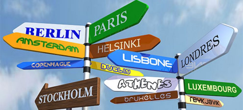 Signposts to European capitals, source: Fotolia